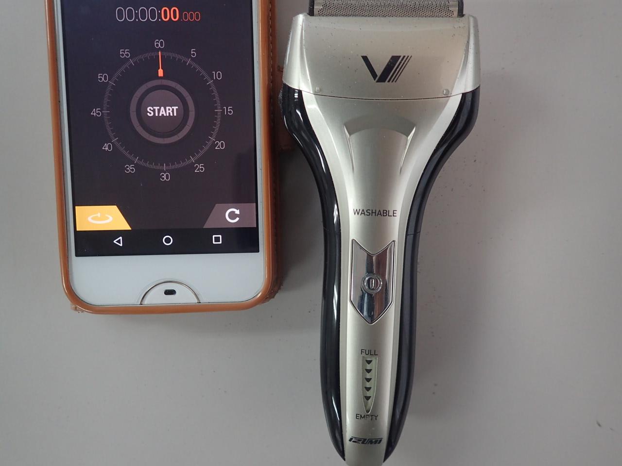 コスパ重視ならイズミの髭剃りはおすすめです!フル充電(2時間)で連続90分は十分使えますよ